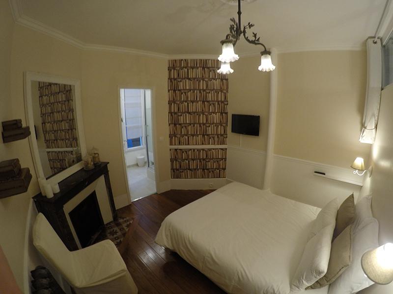 chambre shabby finest suspension abat jour froufrou dentelle blanche volant shabby chic. Black Bedroom Furniture Sets. Home Design Ideas